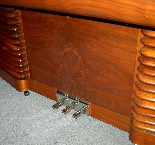 Mid-20th Century Art Deco RCA 1939 Electric Piano by John Vassos For Sale