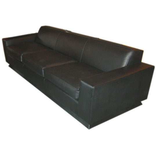 Art deco leather sofa in the style of paul frankl at 1stdibs for Art deco style sofa
