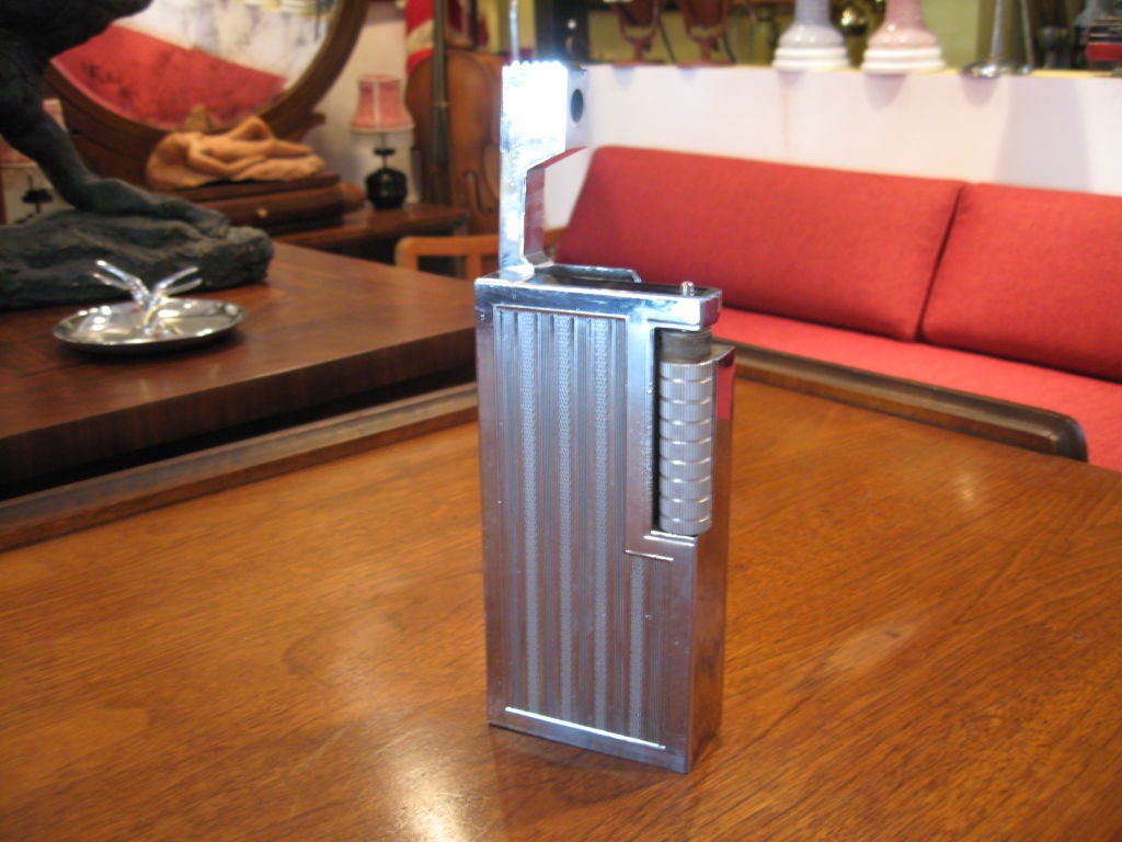 Large Midcentury Lighter 2