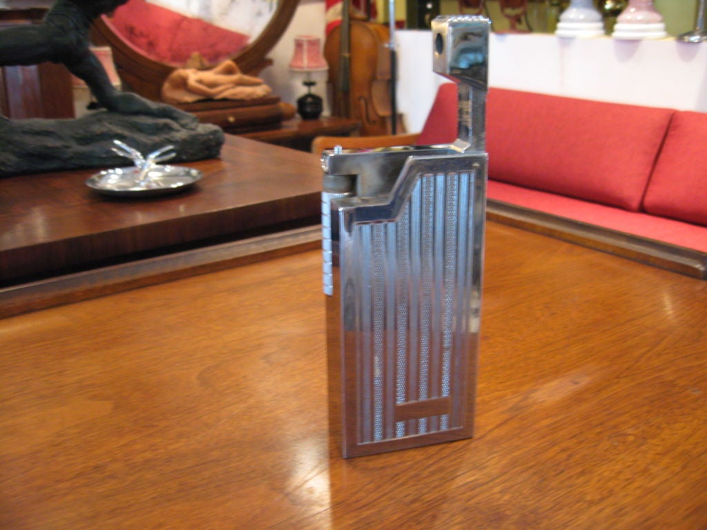 Large Midcentury Lighter 3
