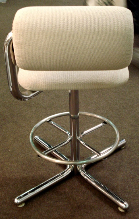 Set Of Four 70 S Bar Stools By Herman Miller At 1stdibs