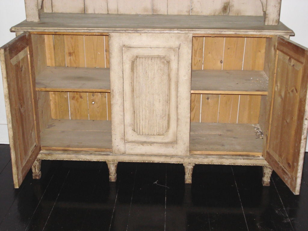 18th Century Gustavian Two-Piece Cabinet In Good Condition For Sale In New Preston, CT