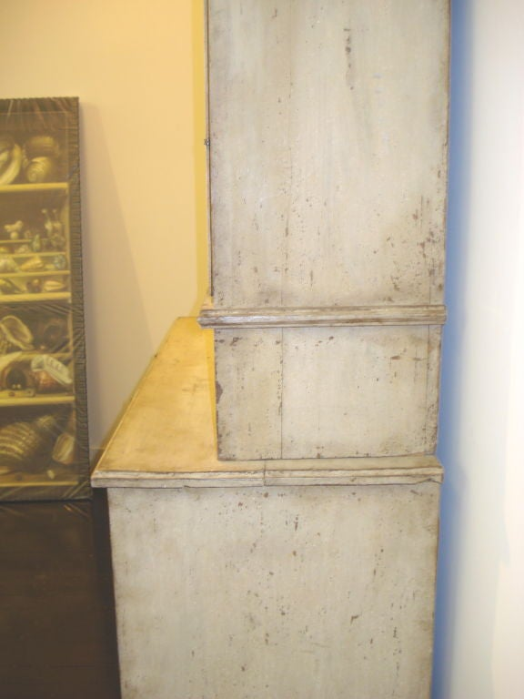 18th Century Gustavian Two-Piece Cabinet For Sale 3
