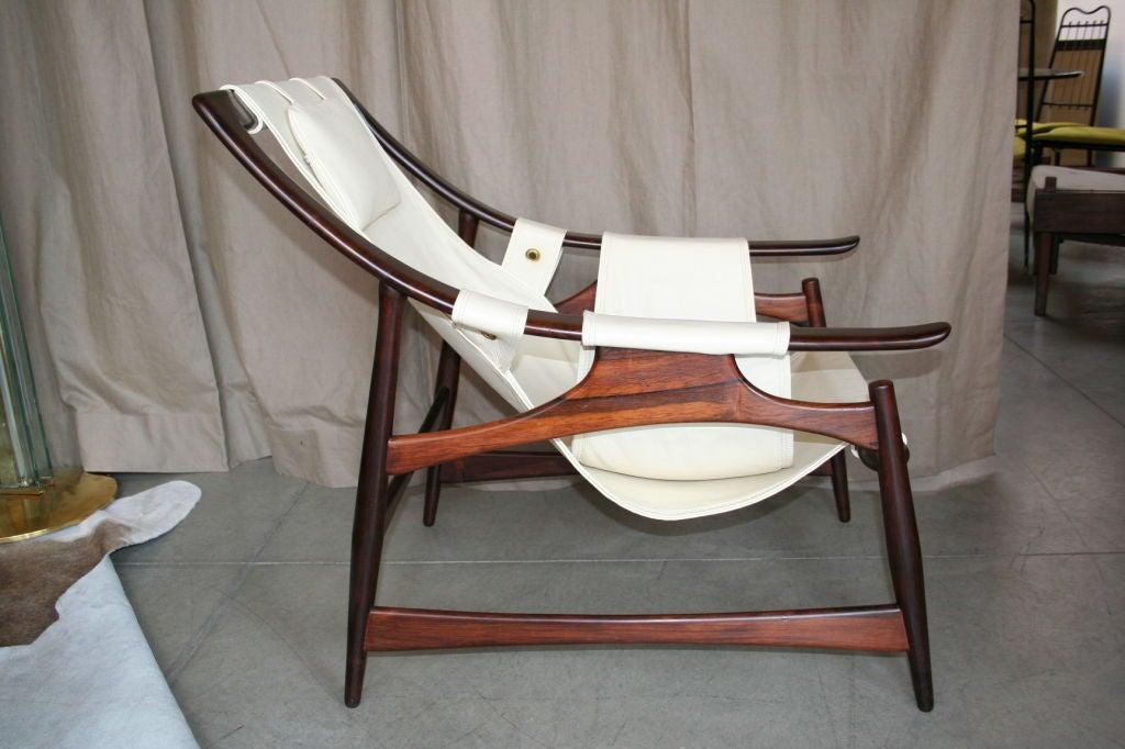 1960's jacaranda lounge chair upholstered with leather, by Liceu de Arte e Oficio, Sao Paulo - Brazil