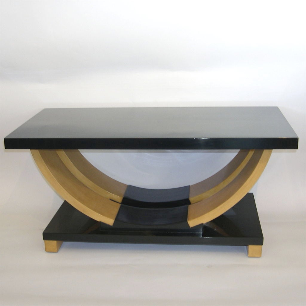 Streamline Art Deco Coffee Table By Brown And Saltman At 1stdibs