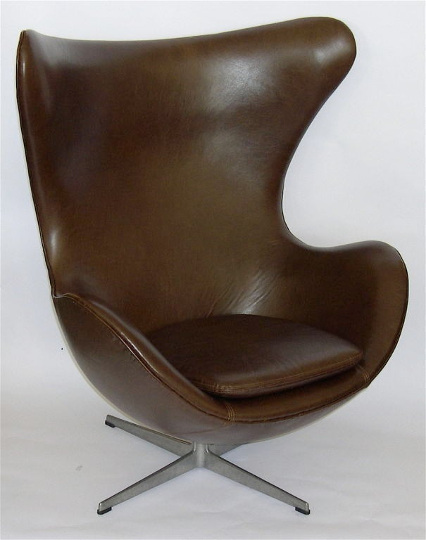 fantastic egg chair w ottoman in brown leather by arne jacobson at 1stdibs