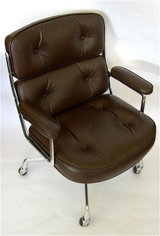 Eames time life executive office chair in original leather at 1stdibs - Eames office chair original ...