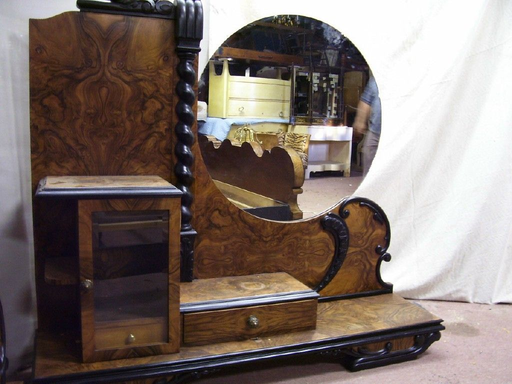 FRENCH ART DECO BEDROOM SET At 1stdibs