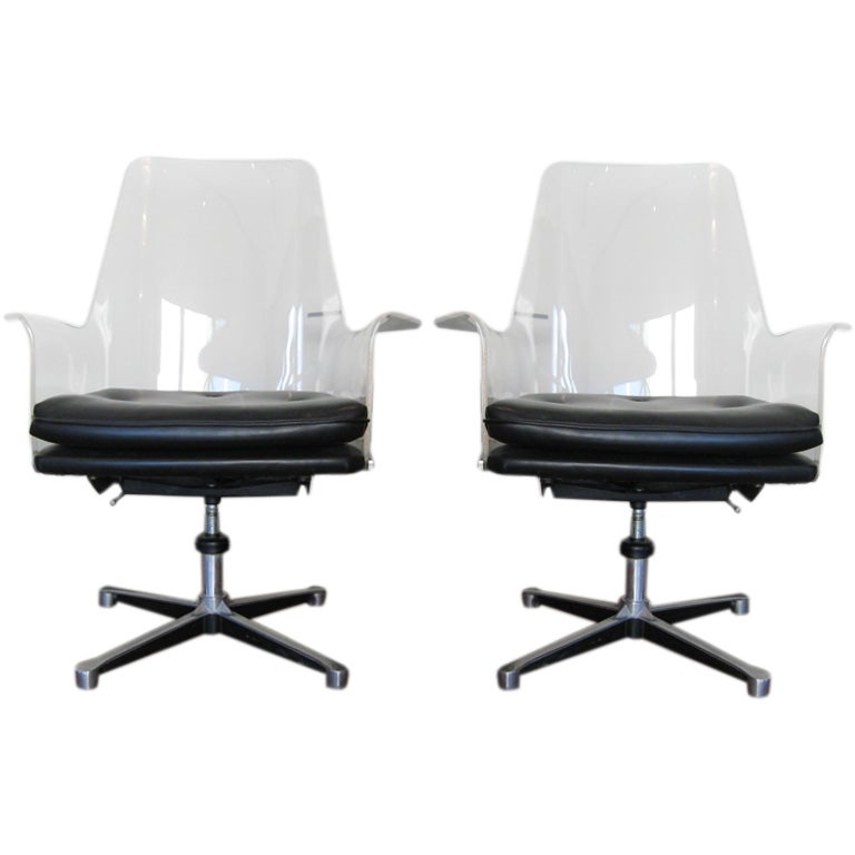 PAIR OF DESK CHAIRS BY HERMAN MILLER at 1stdibs