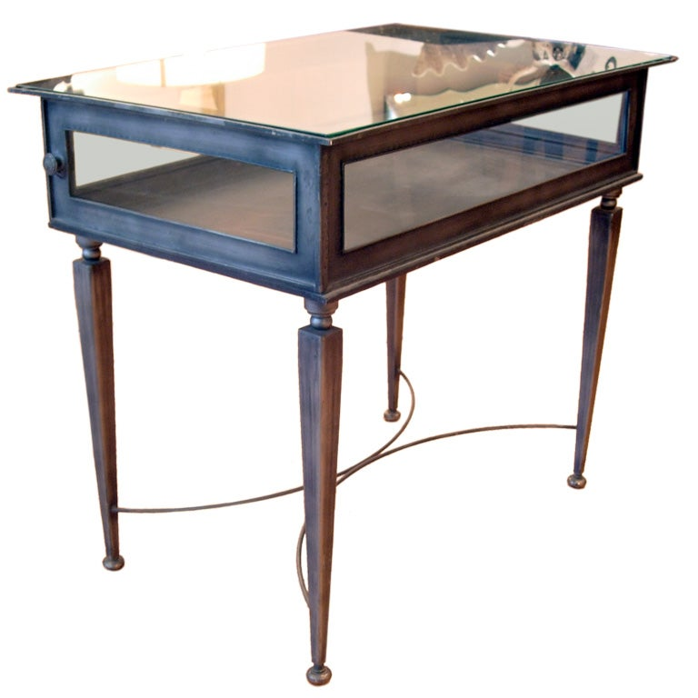 Elegant industrial directoir style vitrine table at 1stdibs for Table vitrine