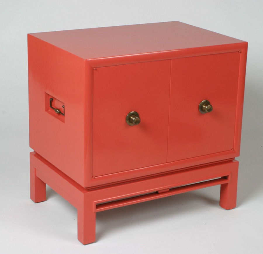 American Pair of Coral Lacquer cabinets / Nightstands For Sale