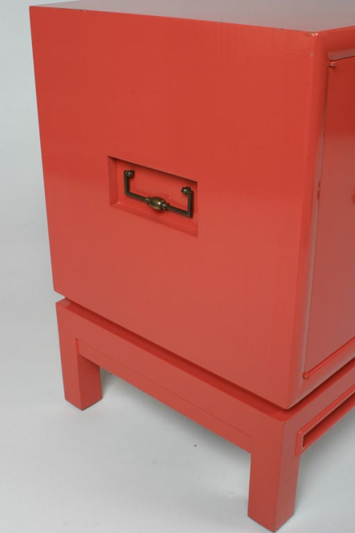 Mid-20th Century Pair of Coral Lacquer cabinets / Nightstands For Sale
