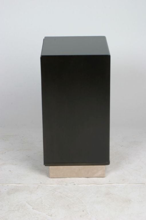 Pair of Edward Wormley for Dunbar Nightstands with Leather Bases 3