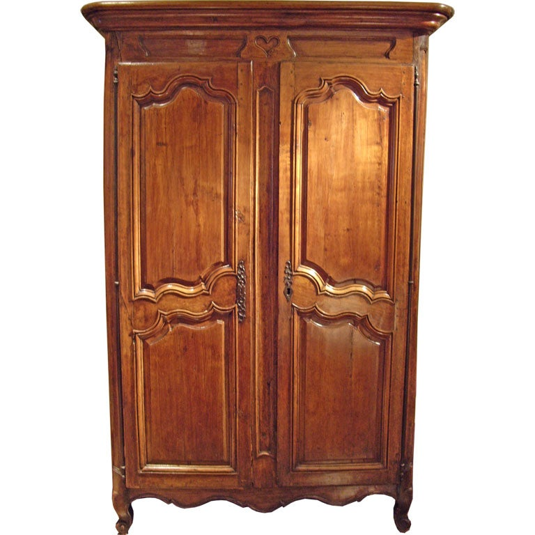 louis xv french provincial armoire at 1stdibs. Black Bedroom Furniture Sets. Home Design Ideas