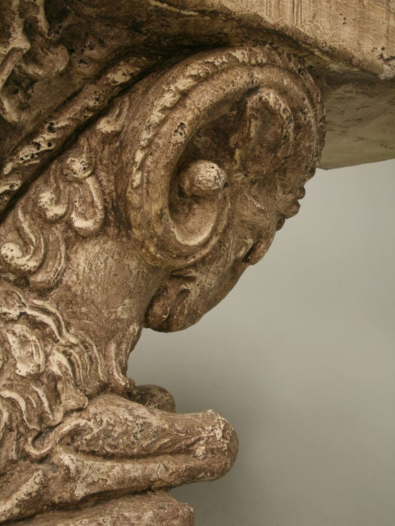 "Console Table in Faux Stone ""Rams Head""  9"