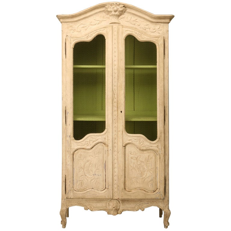 french louis xv style painted armoire at 1stdibs. Black Bedroom Furniture Sets. Home Design Ideas