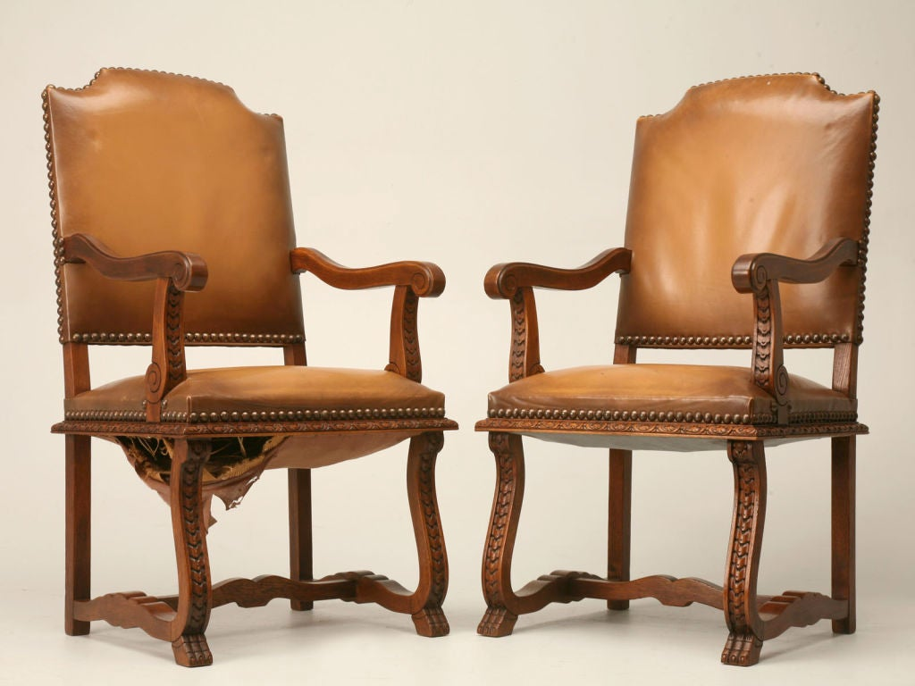 set of 8 spanish elm and leather dining chairs at