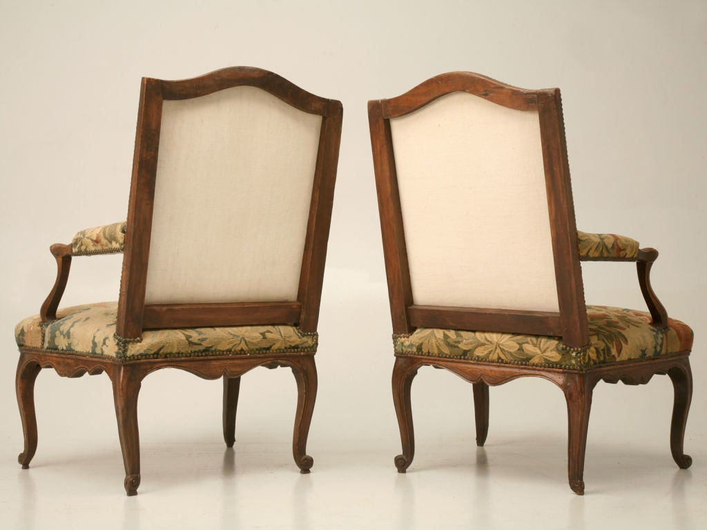 pair antique louis xv fauteuils w aubusson tapesrtry. Black Bedroom Furniture Sets. Home Design Ideas