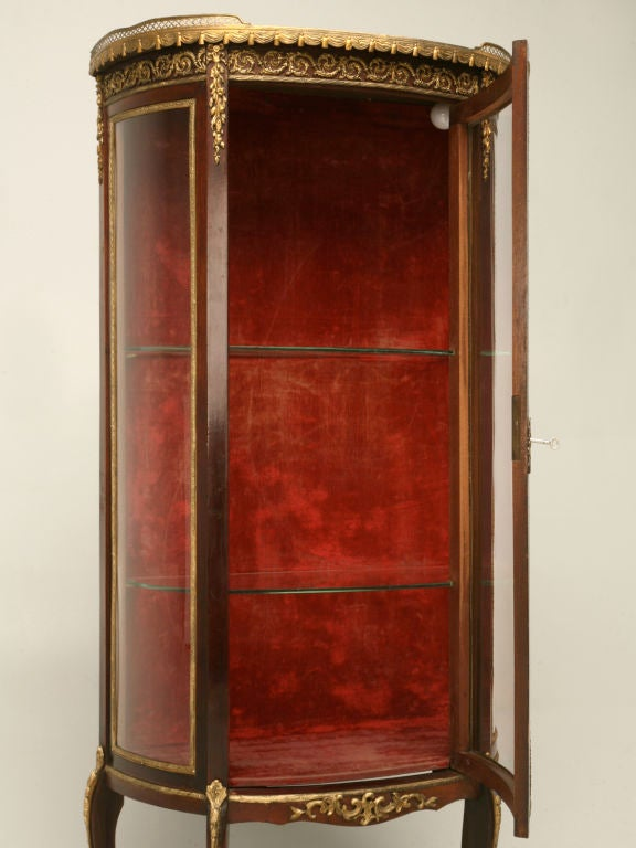 C 1920 French Curved Glass Curio Cabinet At 1stdibs