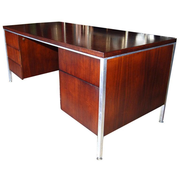 1950 39 s dark mahogany desk at 1stdibs for Sideboard lindholm