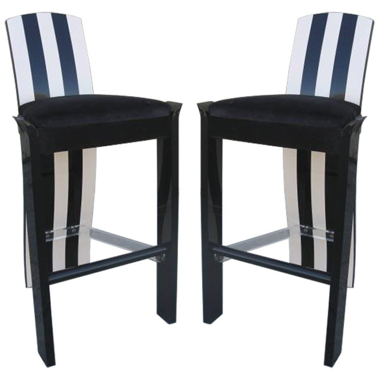 A Pair Of Memphis Style Barstools At 1stdibs
