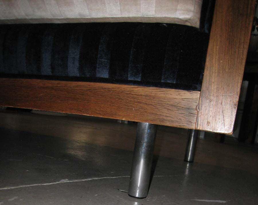 THAYER COGGIN MILO BAUGHMAN ROSEWOOD CUBE SOFA image 3