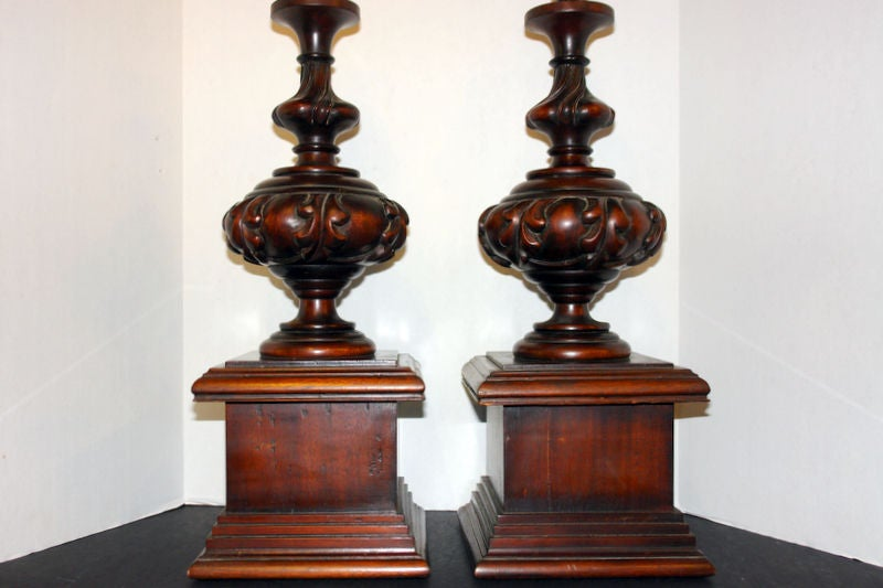 carved wood table lamps for sale at 1stdibs. Black Bedroom Furniture Sets. Home Design Ideas