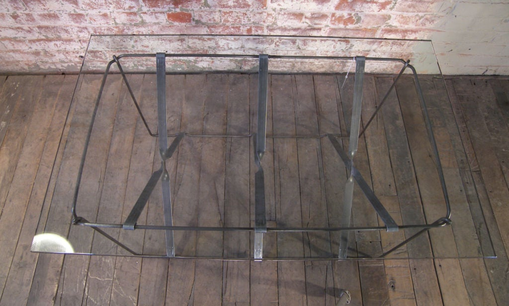 Vintage Industrial Metal Side or End Table Base, Mid-Century Modern In Distressed Condition For Sale In Oakville, CT