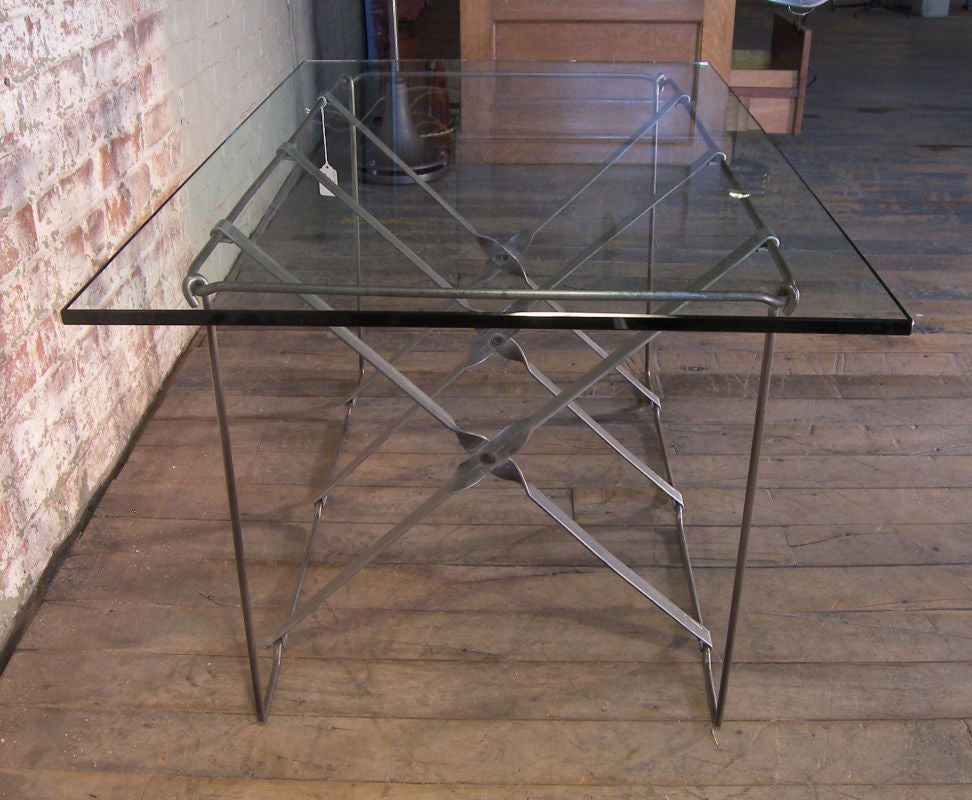 Vintage Industrial Metal Side or End Table Base, Mid-Century Modern For Sale 1