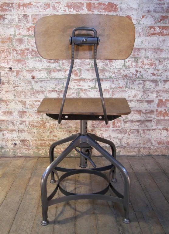 Set Of Ten Vintage Bent Plywood Adjustable Toledo Chairs