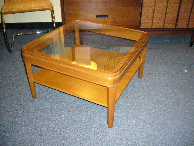 Heywood Wakefield Style Glass Top Table For Sale 2