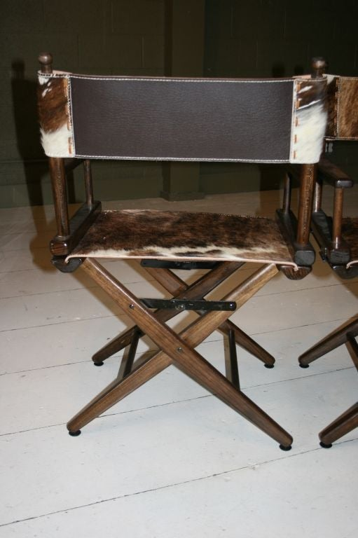 PAIR OF 1970S DIRECTOR'S CHAIRS STEER HIDE SEATS For Sale 2
