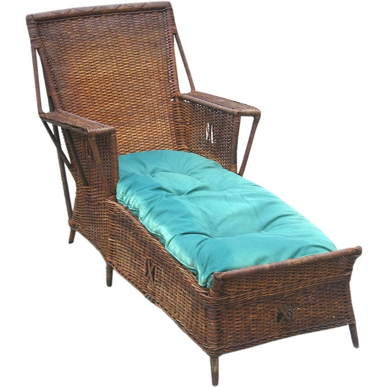Wicker chaise lounge at 1stdibs for Antique wicker chaise