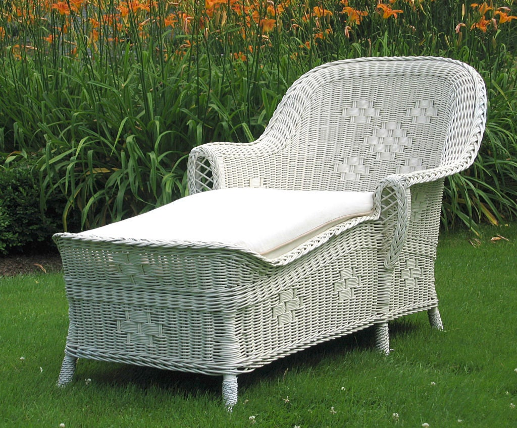 Art deco wicker chaise lounge at 1stdibs for Antique chaise lounge prices