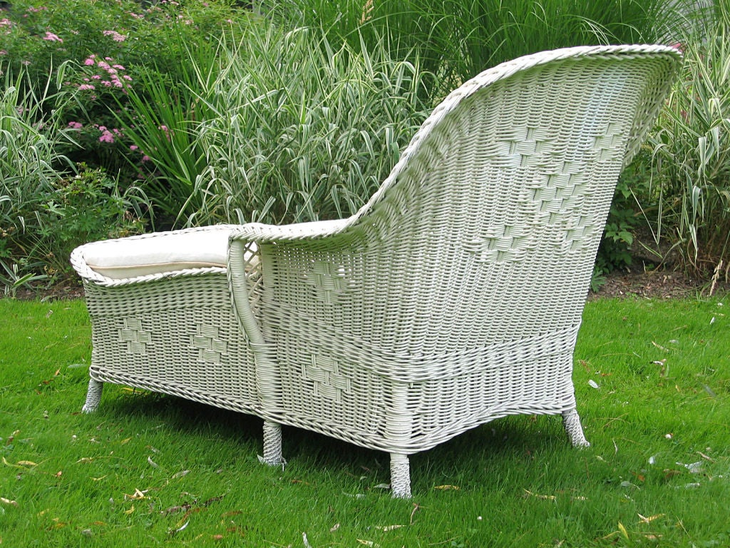 art deco wicker chaise lounge at 1stdibs. Black Bedroom Furniture Sets. Home Design Ideas