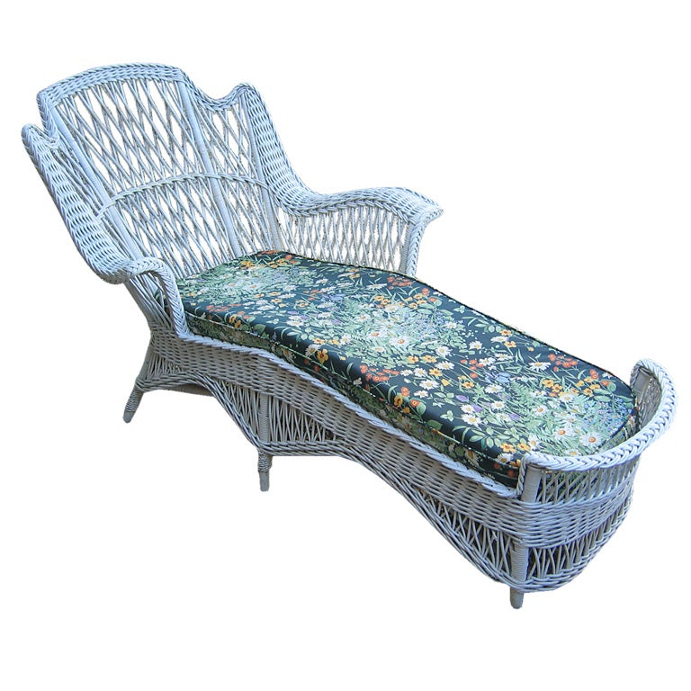 Bar harbor wicker chaise longue at 1stdibs for Chaise longue rattan sintetico