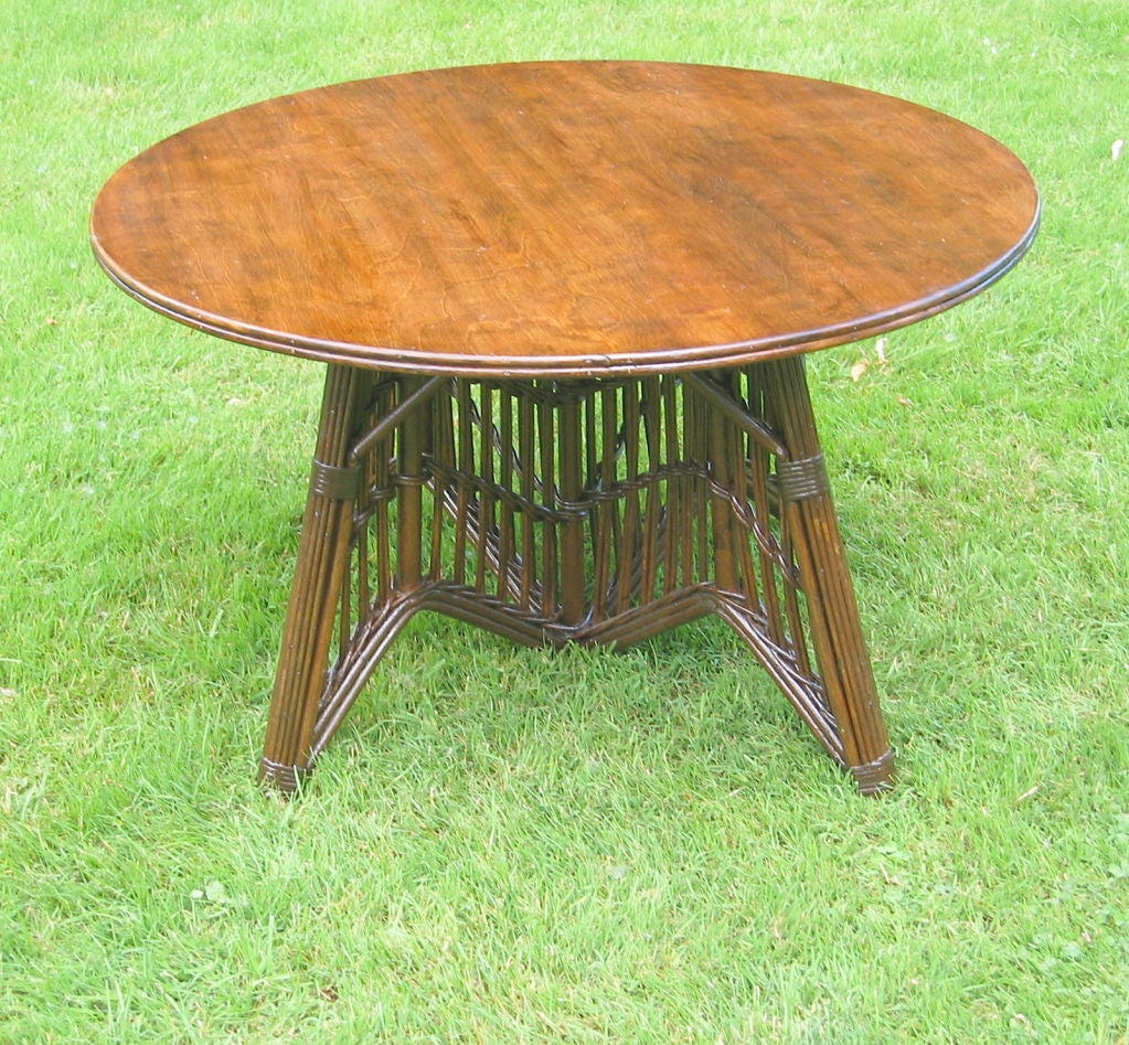 Round stick wicker coffee table at 1stdibs Rattan round coffee table