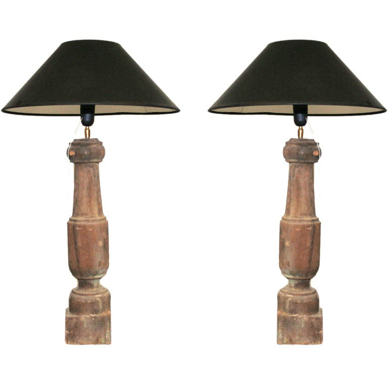 Antique wooden balustrade table lamp at 1stdibs for Vintage wooden table lamps