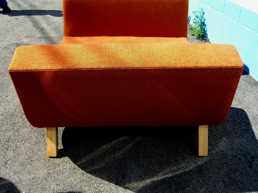 Pair Of Mid Century Modern Settees With Maple Legs At 1stdibs