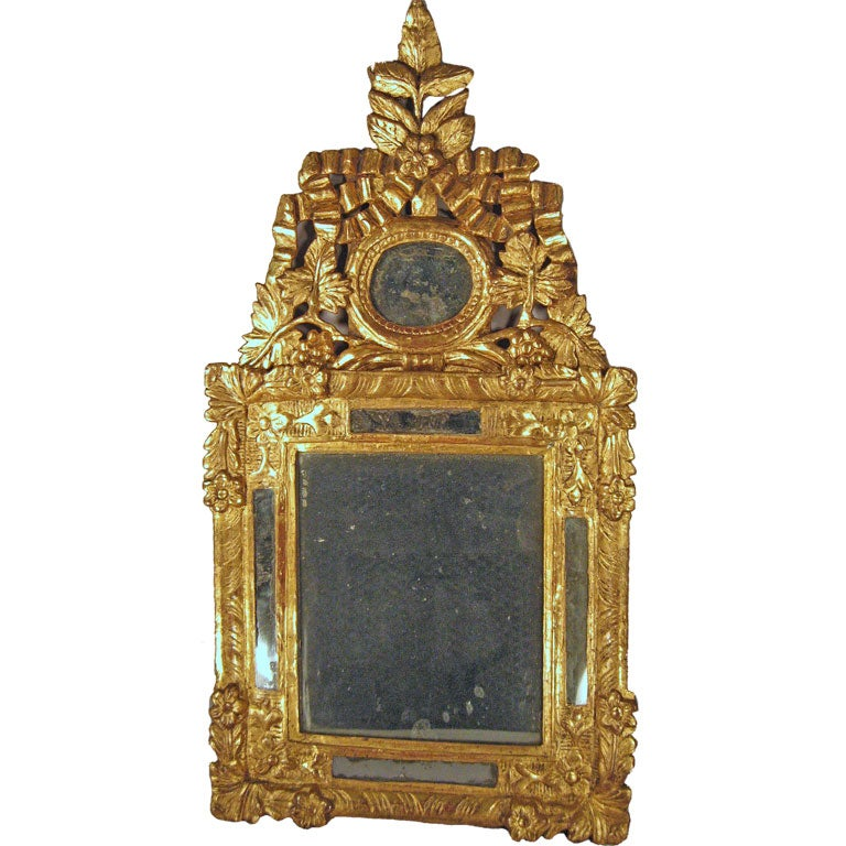 Petite Louis XVI Gilt-wood Mirror with Crest, France, c. 1780 1