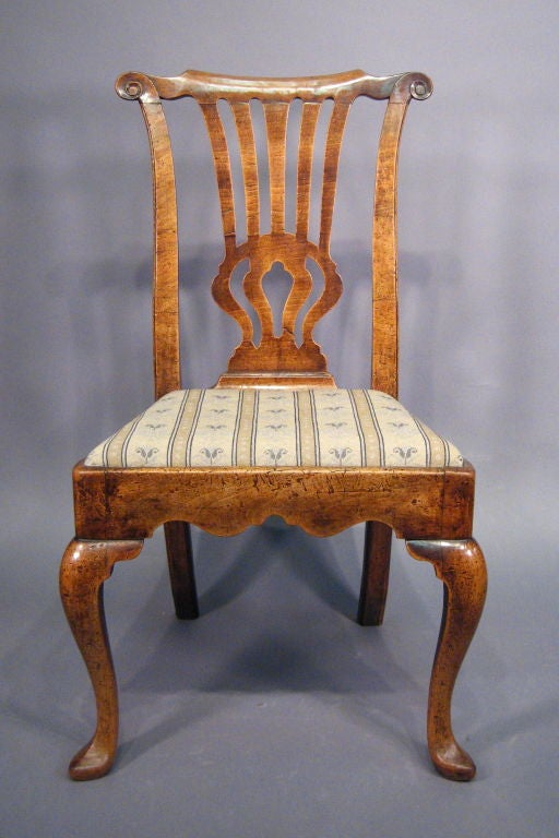 A finely-aged Walnut side Chair, dating from the first quarter of the 1700s, and English in origin. 