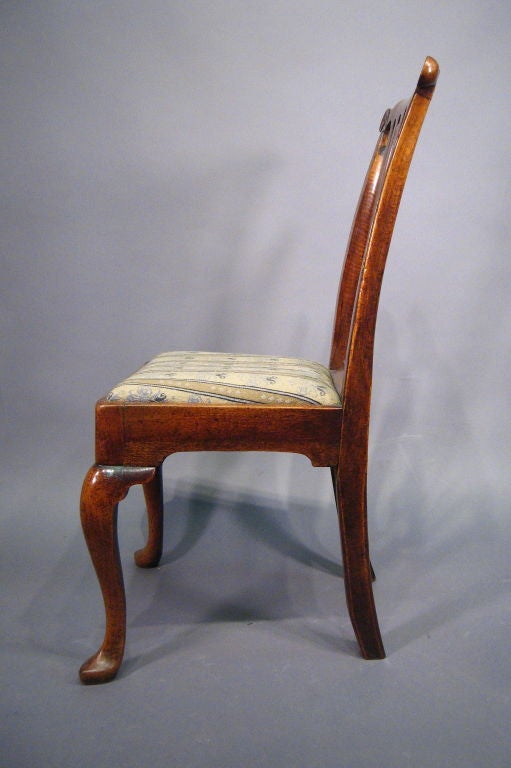 English Fine George I Period Chair in Walnut, England, c. 1720