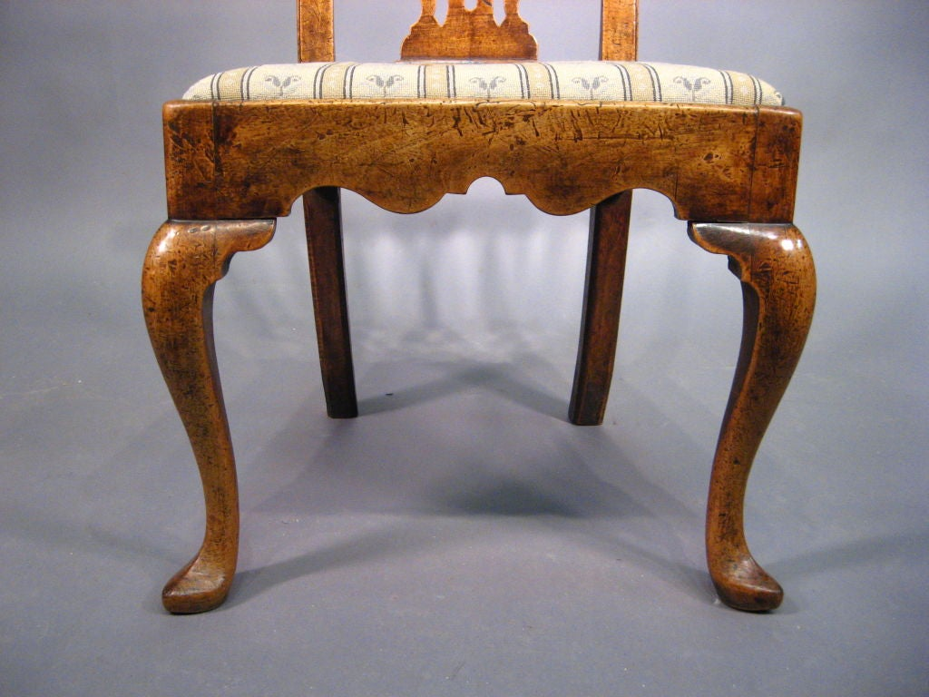 Fine George I Period Chair in Walnut, England, c. 1720 2