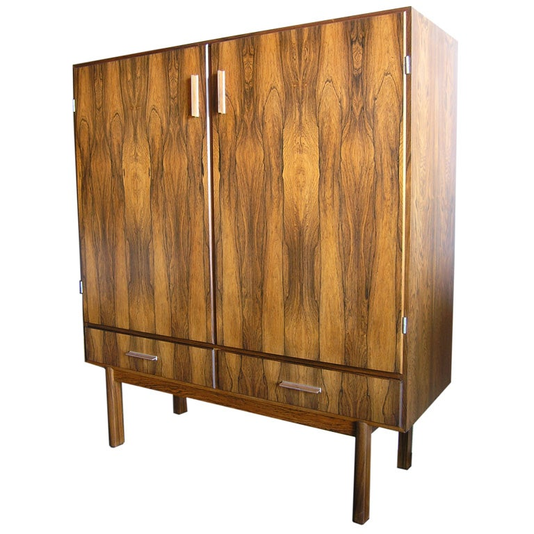 Large danish rosewood dry bar cabinet at 1stdibs for Home dry bar furniture