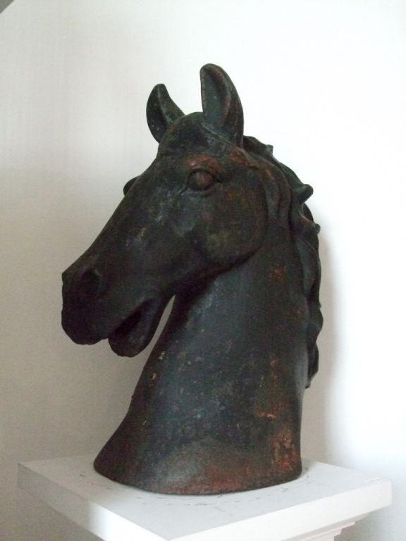 Cast iron horse head 1