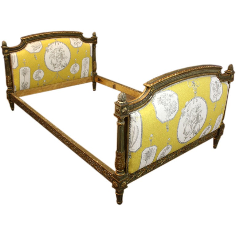 French Louis XVI Period Painted Daybed For Sale