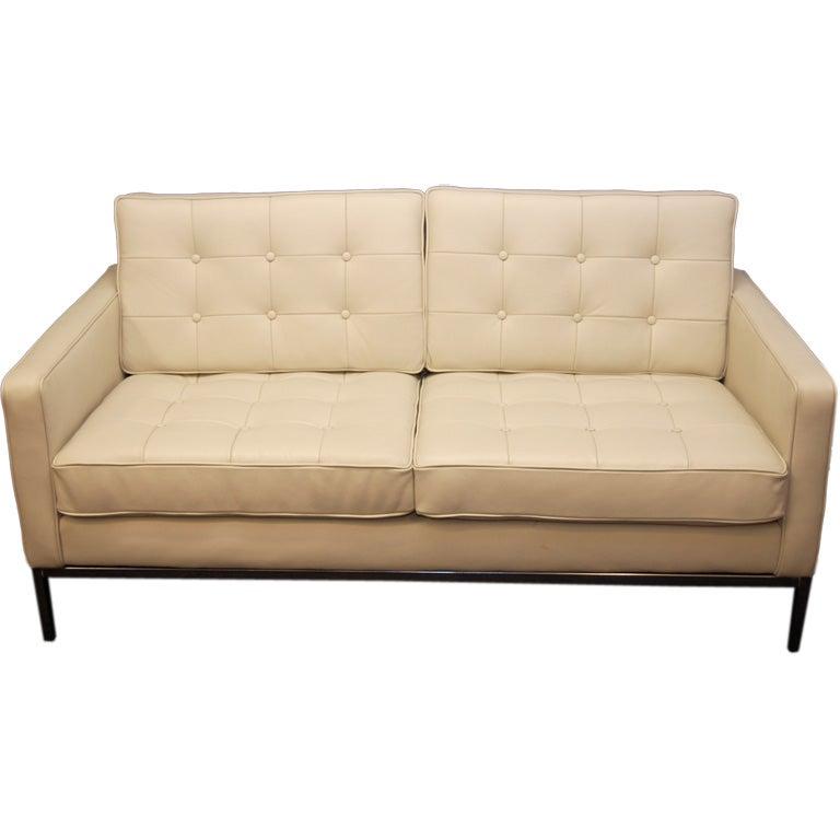 florence knoll 2 seater sofa at 1stdibs. Black Bedroom Furniture Sets. Home Design Ideas
