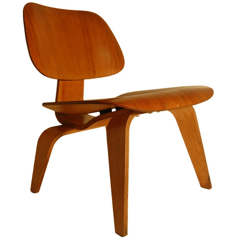 charles eames lcw lounge chair wood at 1stdibs. Black Bedroom Furniture Sets. Home Design Ideas