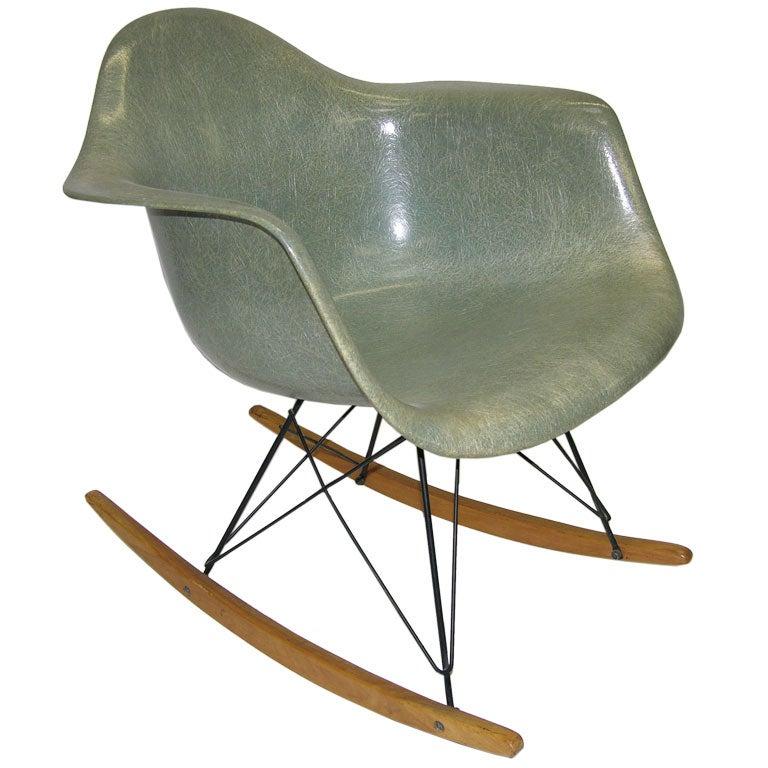 Charles and ray eames rocking chair rar at 1stdibs - Rocking chair charles eames ...
