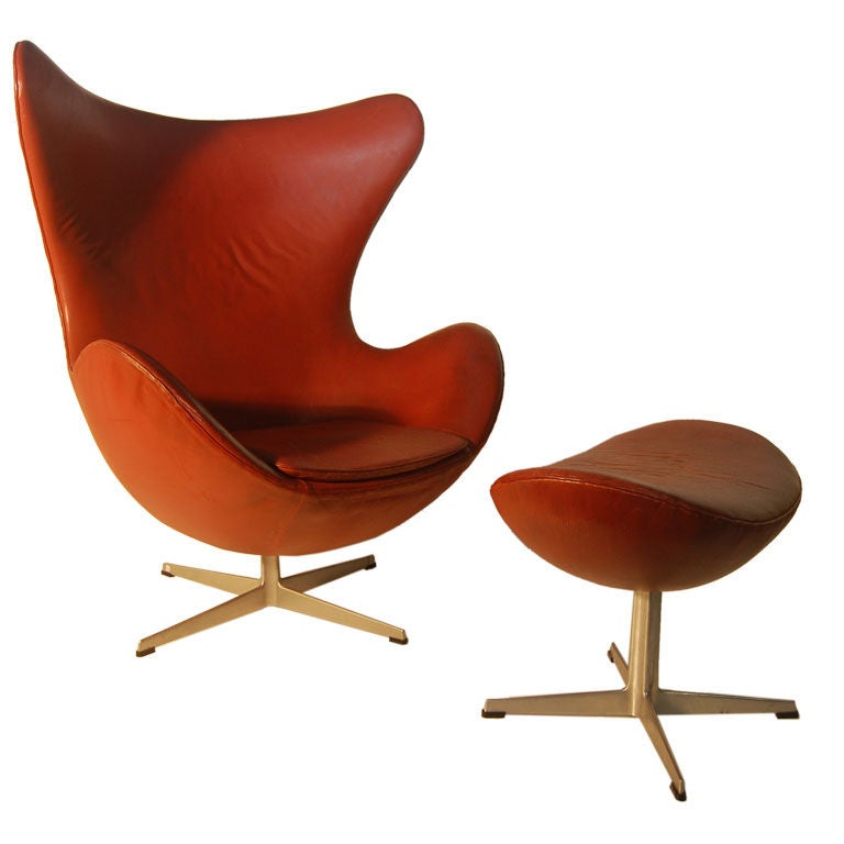 arne jacobsen vintage leather egg chair and ottoman at 1stdibs. Black Bedroom Furniture Sets. Home Design Ideas